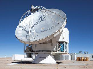 Telescópio APEX, modelo que similar ao desenvolvido pelo Llama. AUN/Llama