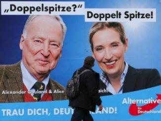Alternativa para a Alemanha (AfD, na sigla em alemão), é um dos exemplos europeus de extrema-direita (Fonte: Wolfgang Rattay/Reuters... - Veja mais em https://noticias.uol.com.br/internacional/ultimas-noticias/2017/09/22/muita-polemica-e-pouco-conteudo-a-estrategia-eleitoral-dos-populistas-de-direita-na-alemanha.htm?cmpid=copiaecola)