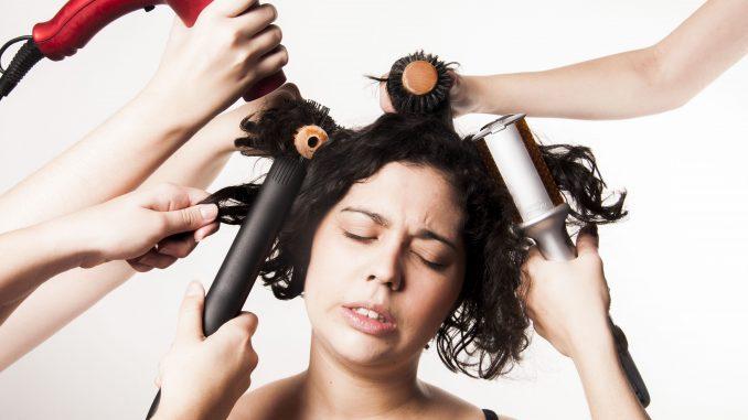 escova-progressiva-modifica-o-cabelo