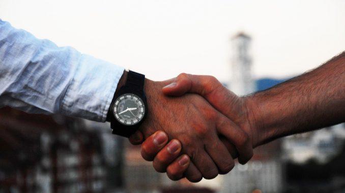 A diplomacia de um país e suas relações podem abarcar vários temas — e a ciência é um deles. (Fonte: Pixabay)